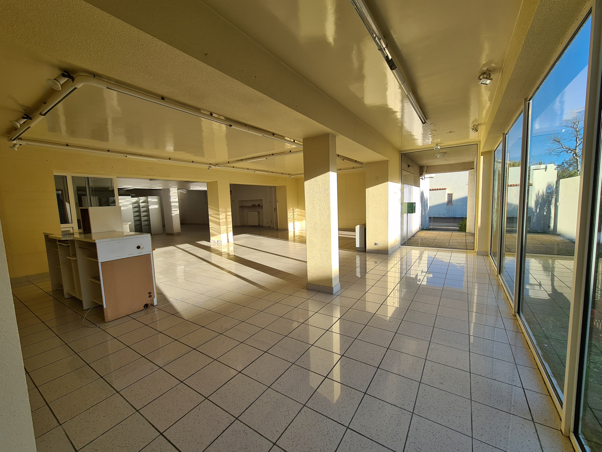 Espace commercial 250m²